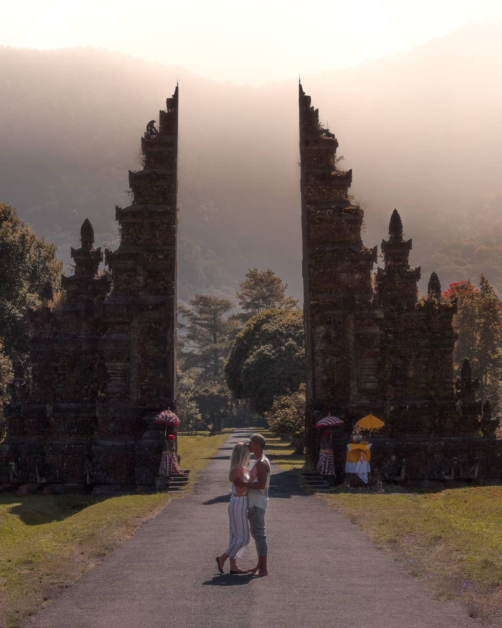 Handara-gate-Bali-sunrise