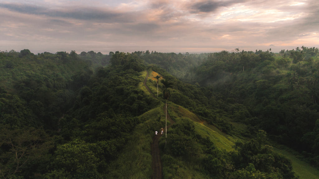camphuan-ridge-walk-bali-indonesia-slider