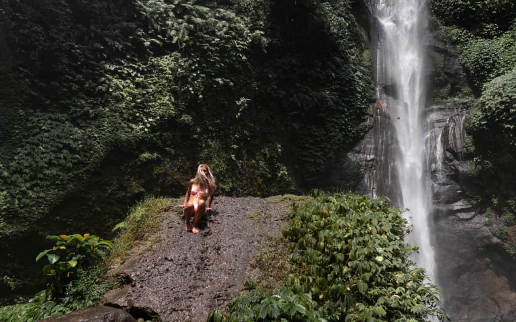 Sekumpul-waterfall-Bali-climbing