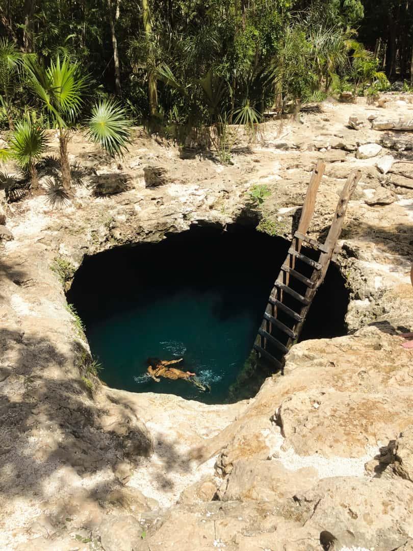 cenote-calavera