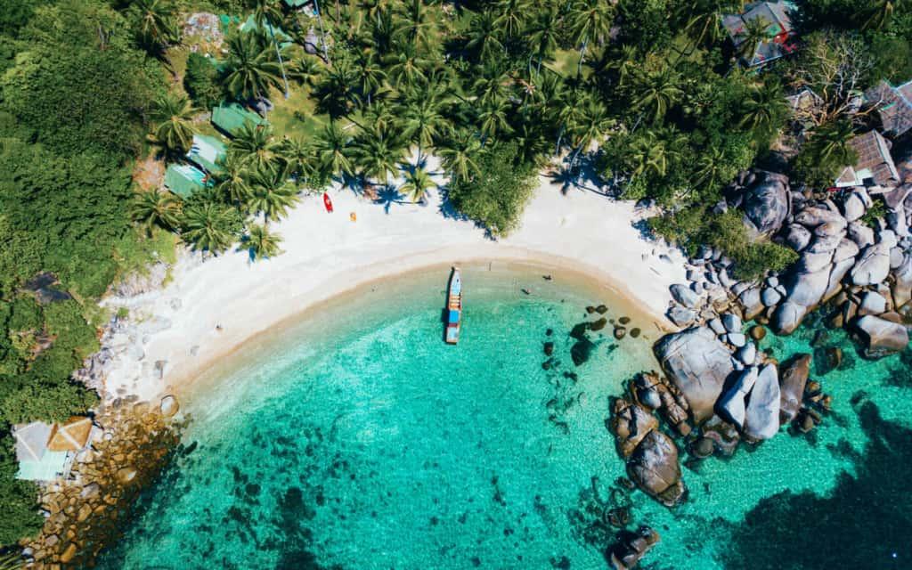 Koh-Nang-Yuan-beach-drone-topdown