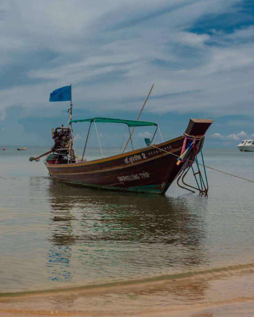 bottle-beach-boat
