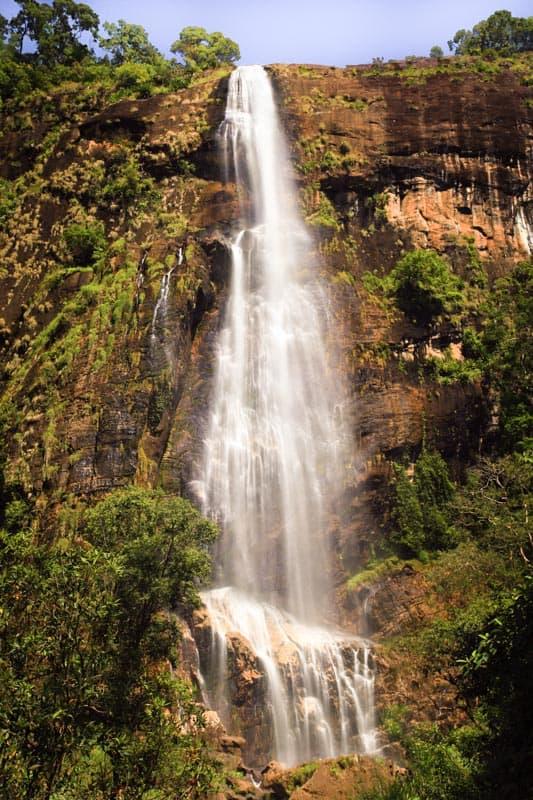bambarakanda-falls-sri-lanka