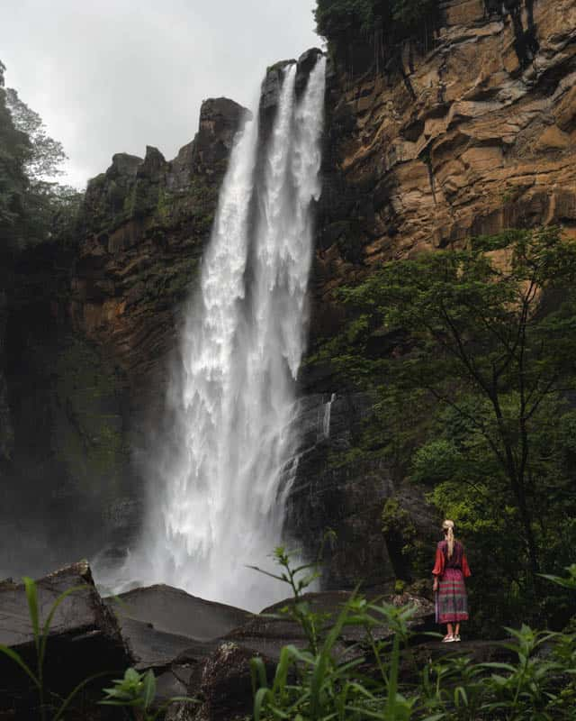 laxapana-falls-sri-lanka-middle-lens