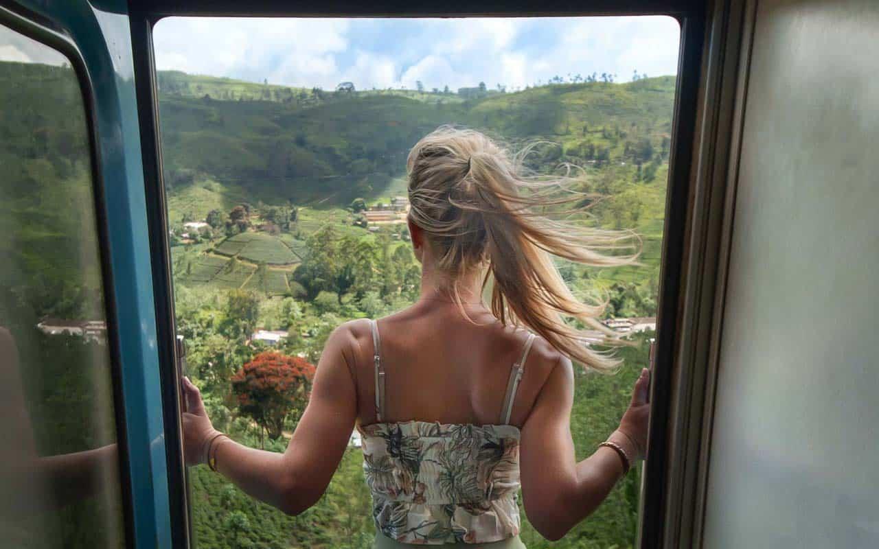 ella-train-door-view-ilse