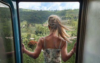 kandy-ella-train-door-view