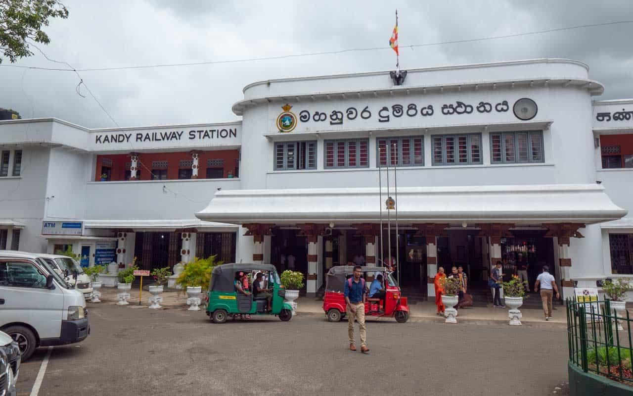 kandy-railway-station