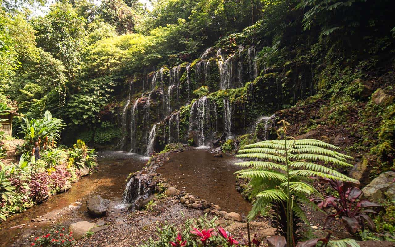 banyu-wana-amertha-waterfall-no-longexposure