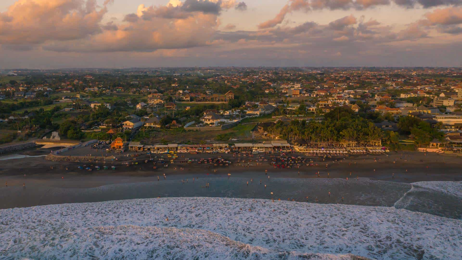 echo-beach-canggu-sunset