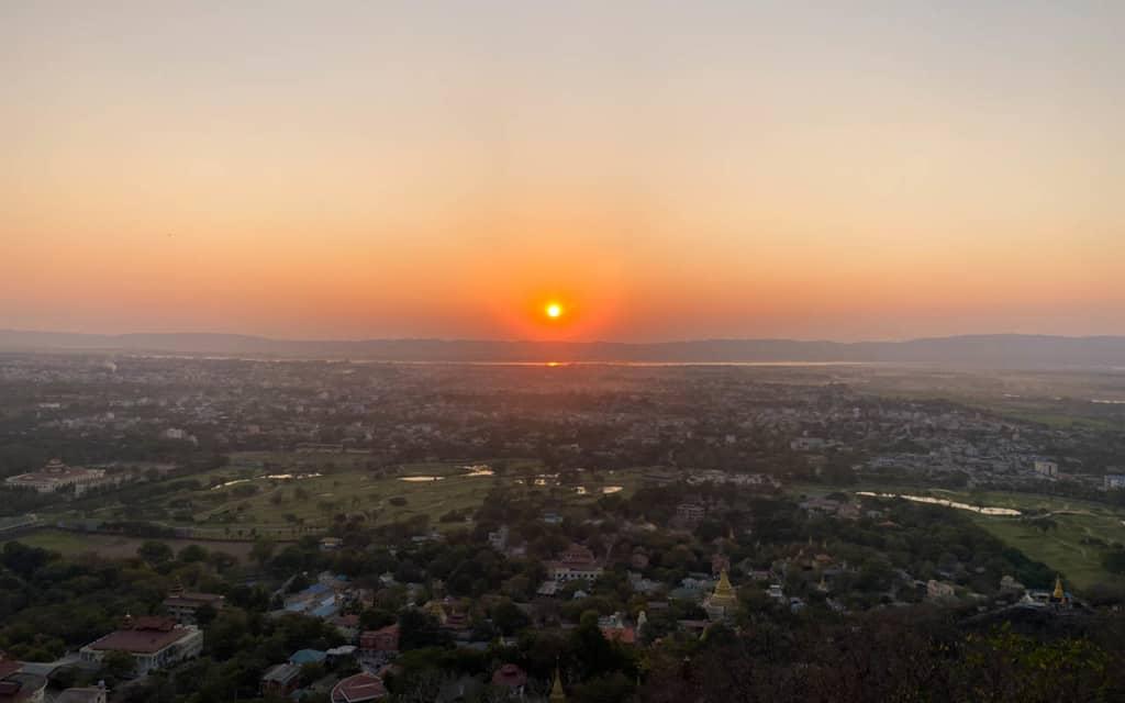 mandalay-hill-sunset-view