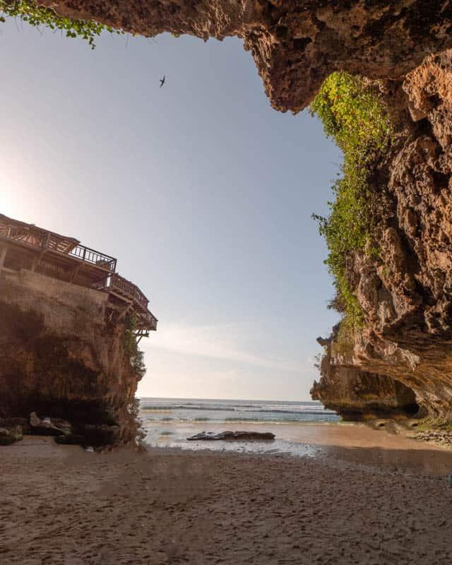 suluban-beach-bali-cave-beach
