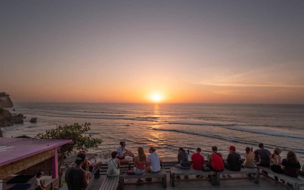 sunset-uluwatu-bar