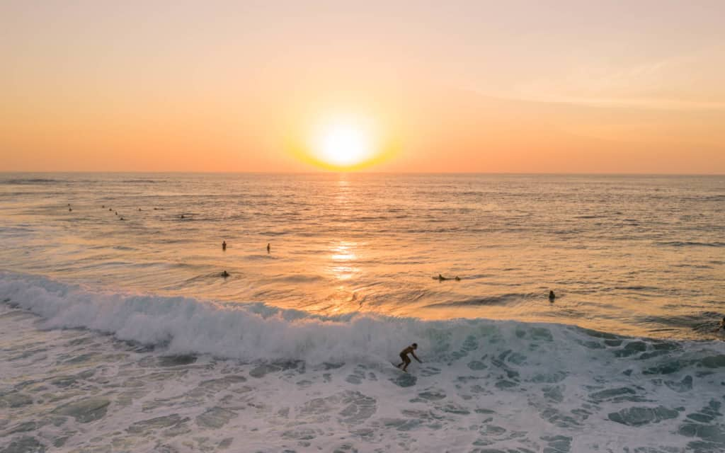 uluwatu-surfing