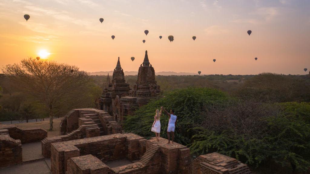 bagan-ruins-sunrise-balloons-drone