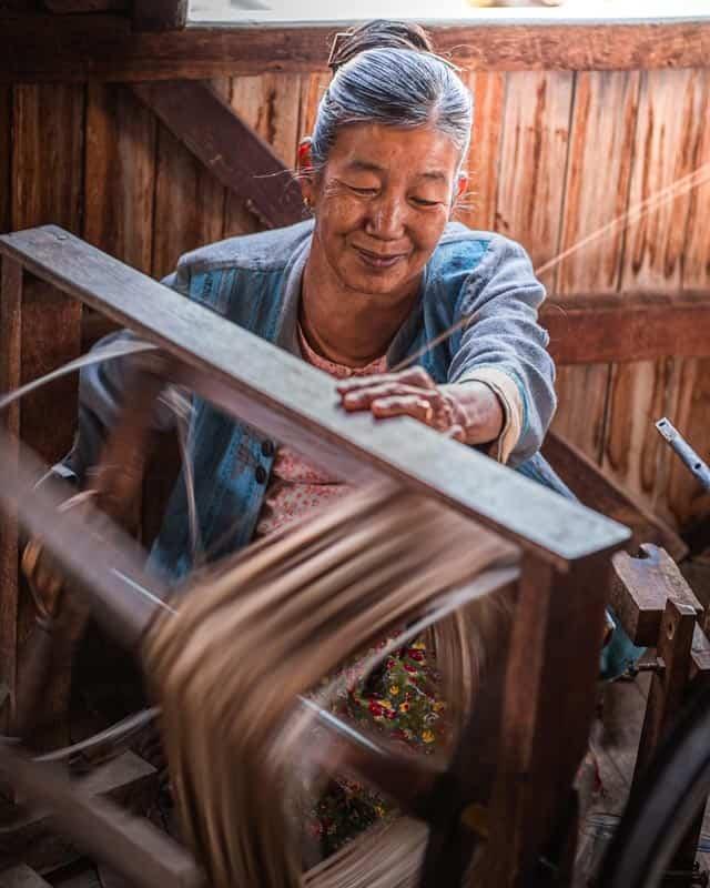 lotus-silk-spinning