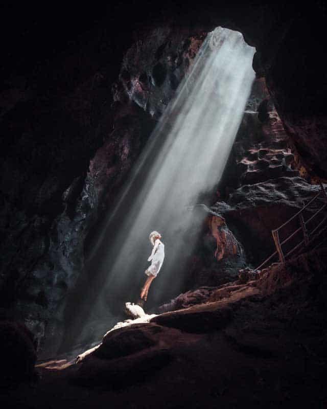 bat-cave-lombok-lightrays