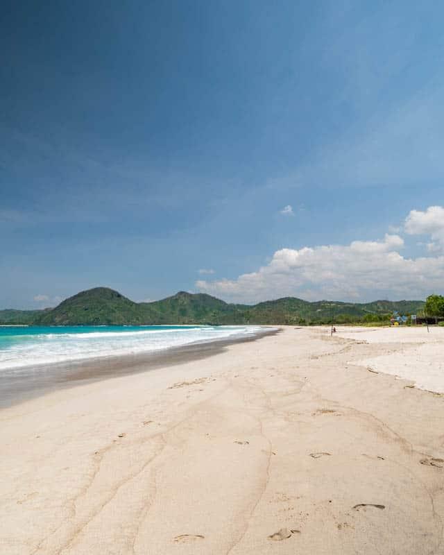 selong-belanak-beach-lombok