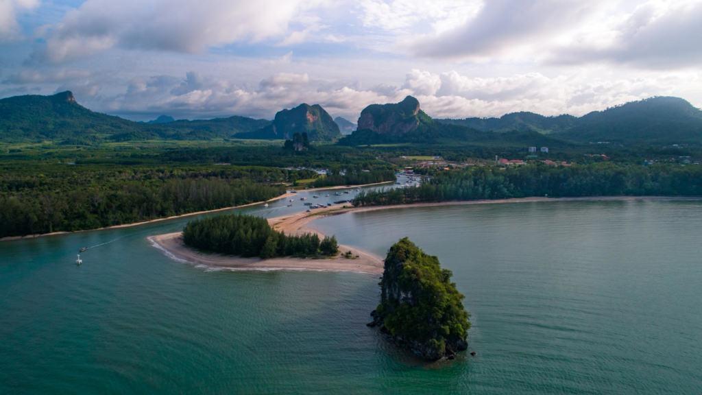 Nopparat-Thara-Beach-krabi-