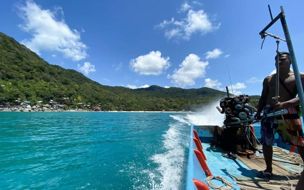 haad-yuan-beach-boat