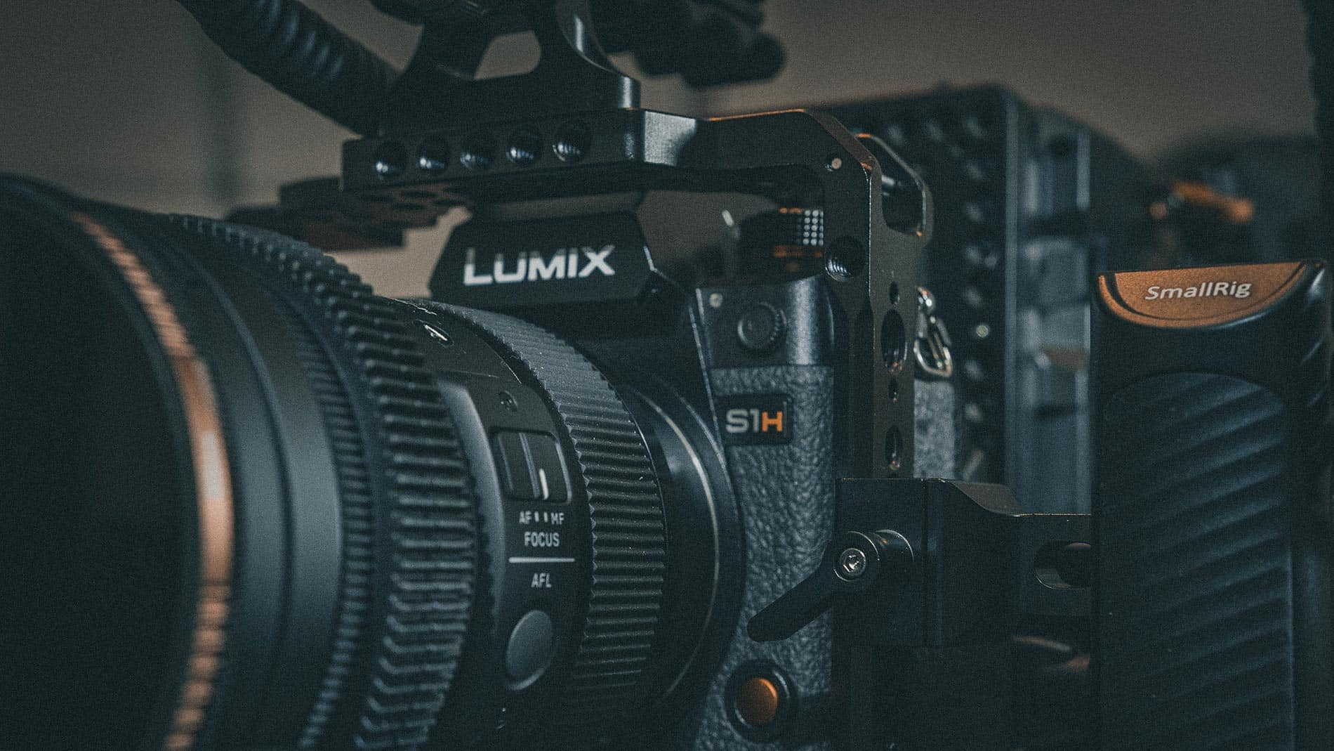 best-cameras-for-filmmaking-slider