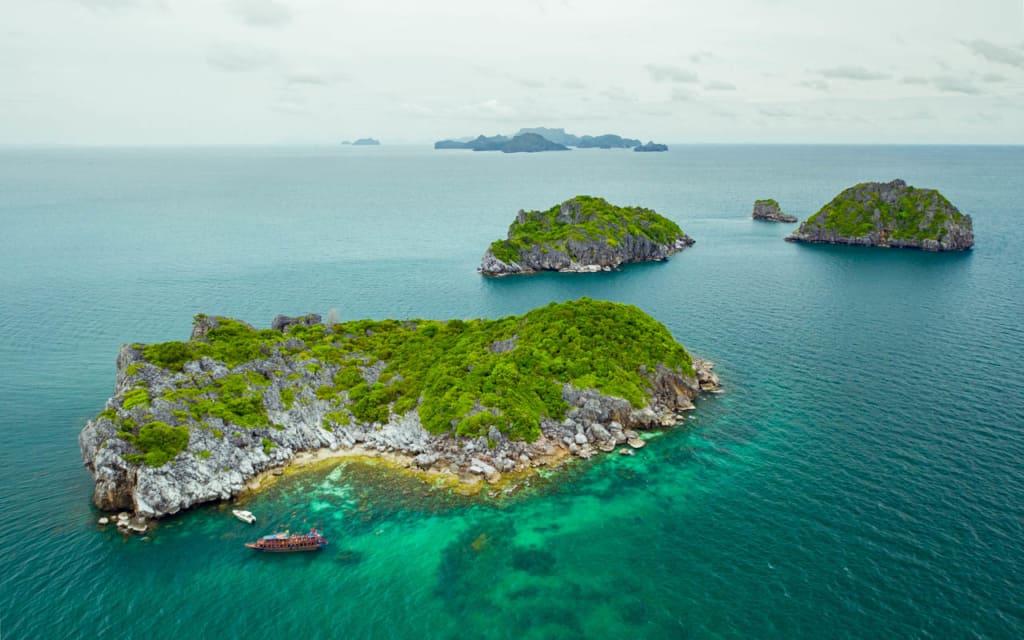 boats-ang-thong-marine-park-drone