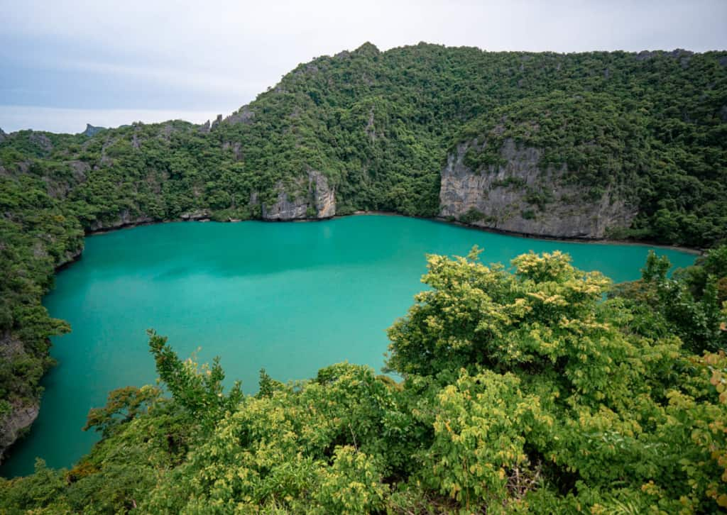 emerald-lake-ang-thong