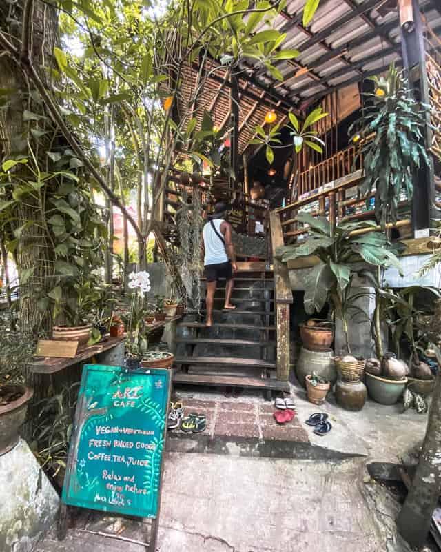 art-cafe-koh-phangan-entrance