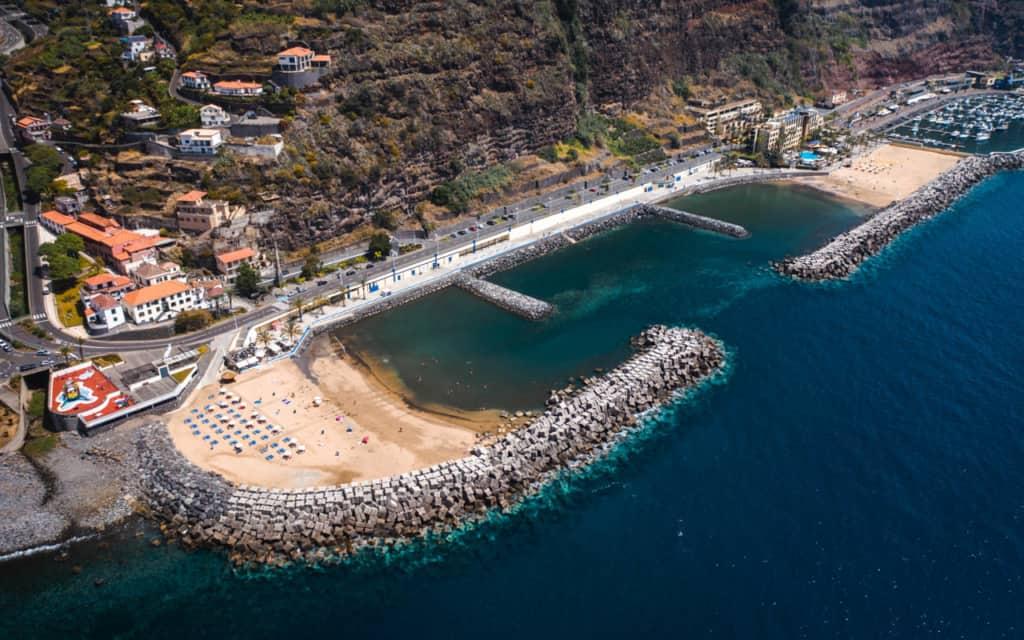 calheta-beach-drone-ship-form