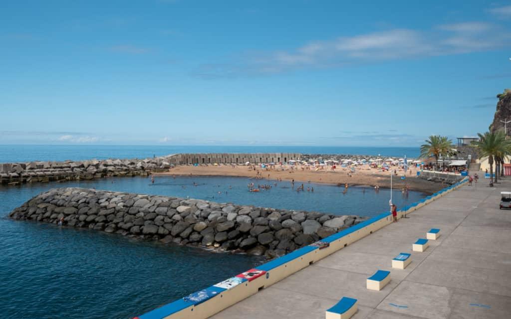 calheta-beach-promenade-view