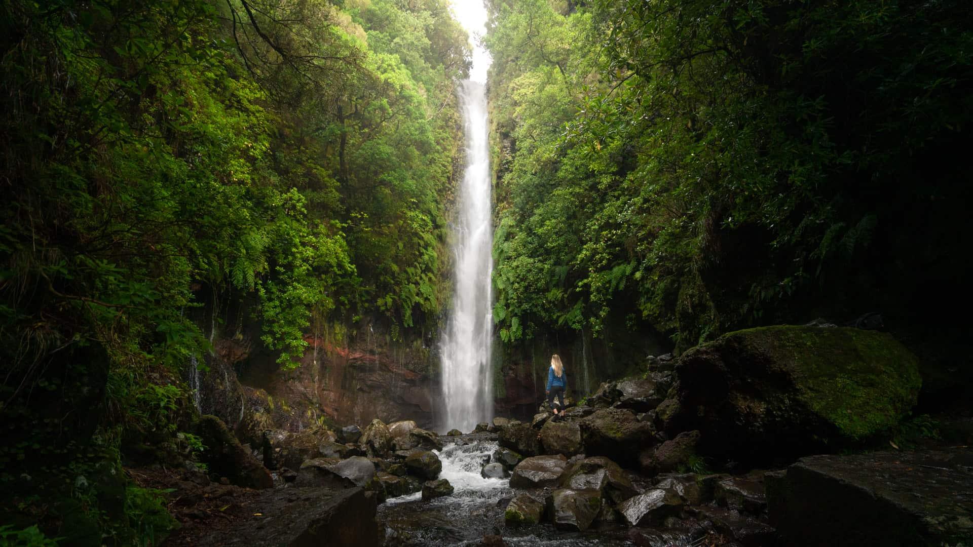 25-fontes-waterfall