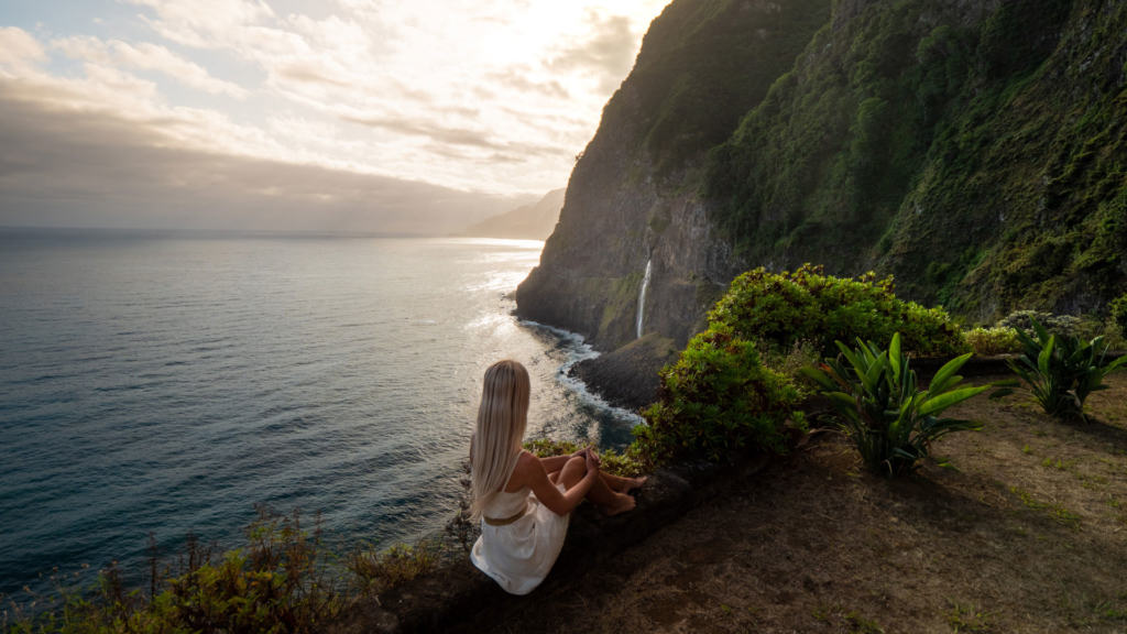 Véu-da-Noiva-waterfall-viewpoint-slider