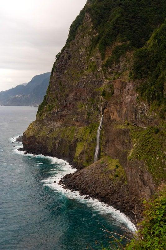 Veu-da-Noiva-waterfall