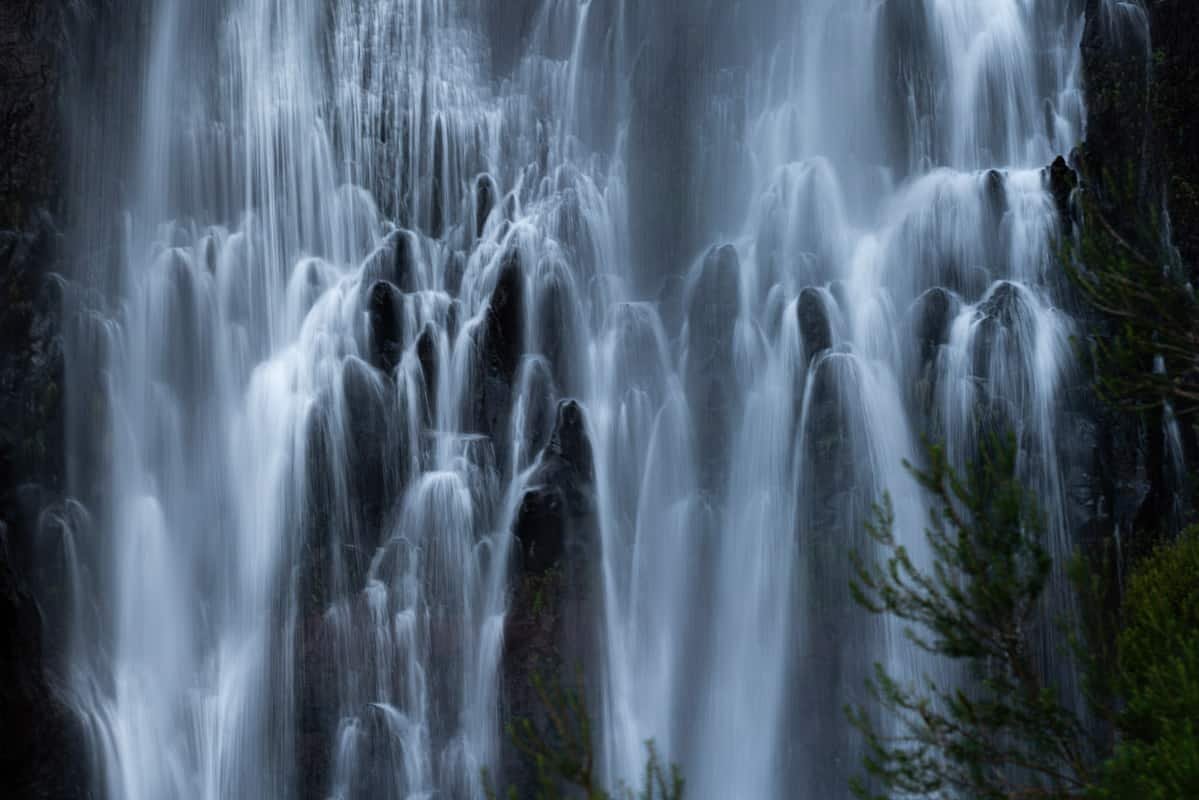 risco-waterfall-closeup
