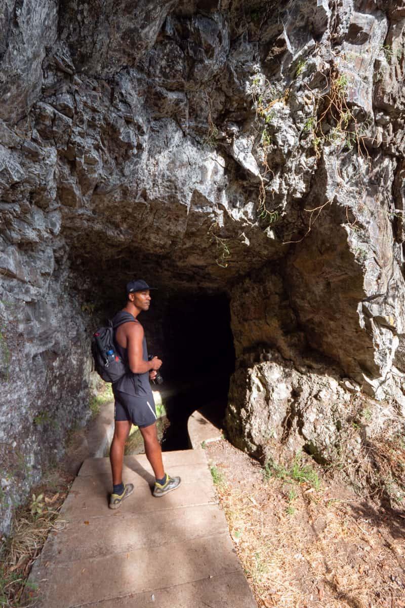 levada-faja-do-rodrigues-tunnel