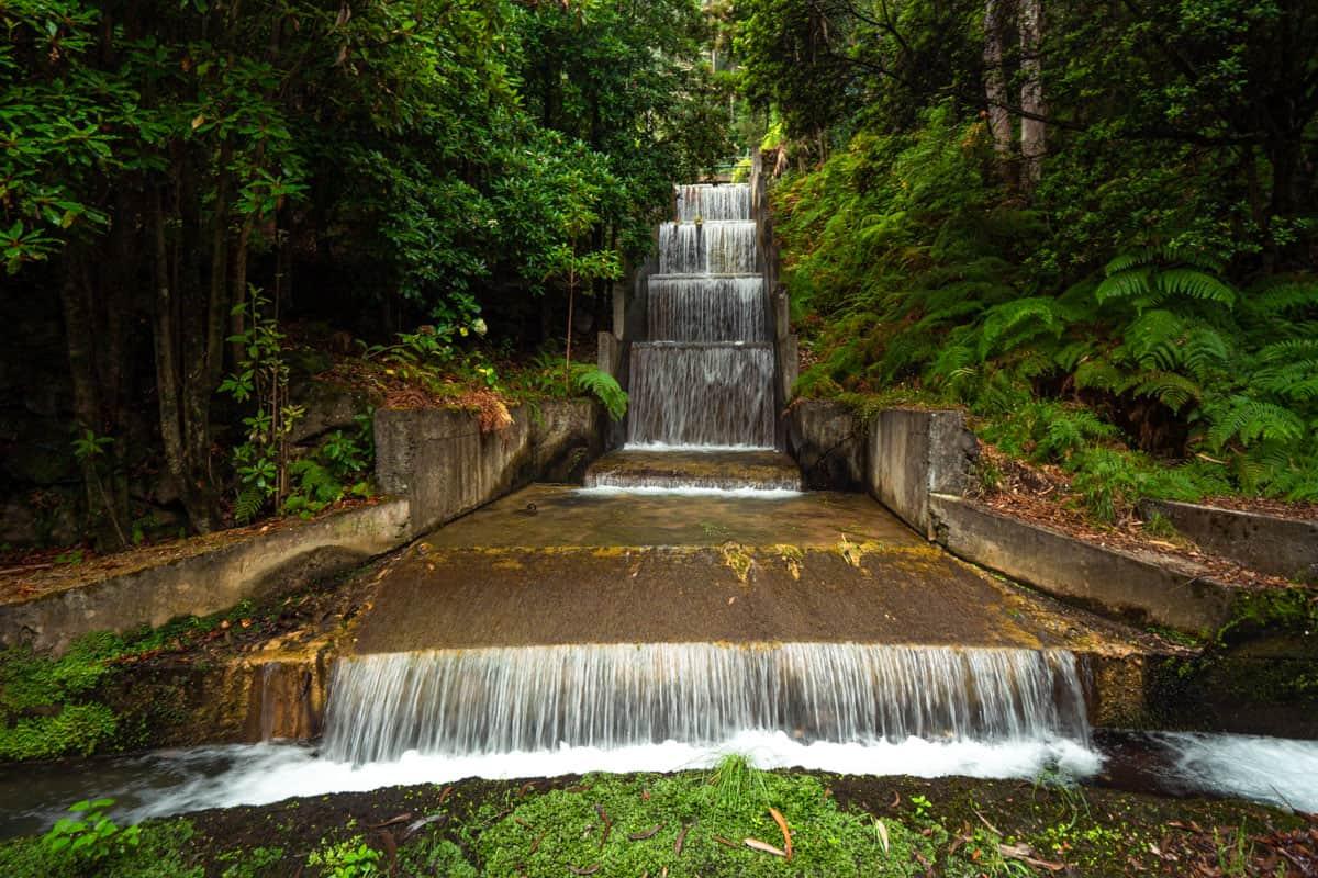 levada-faja-do-rodrigues-waterfall-manmade