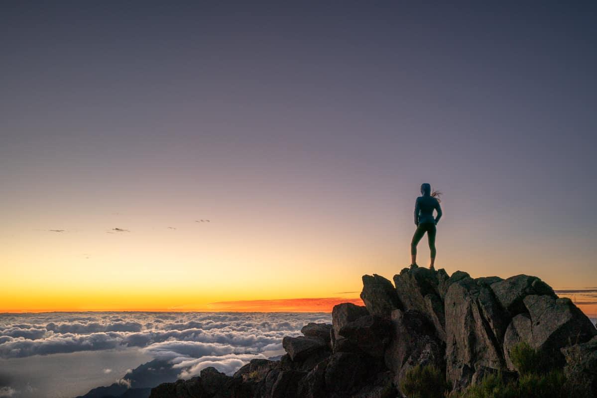 pico-arieiro-sunrise-glow
