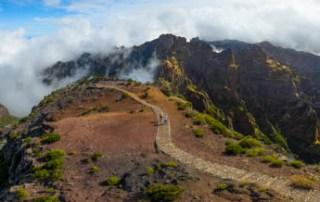 pico-ruivo-path-summit