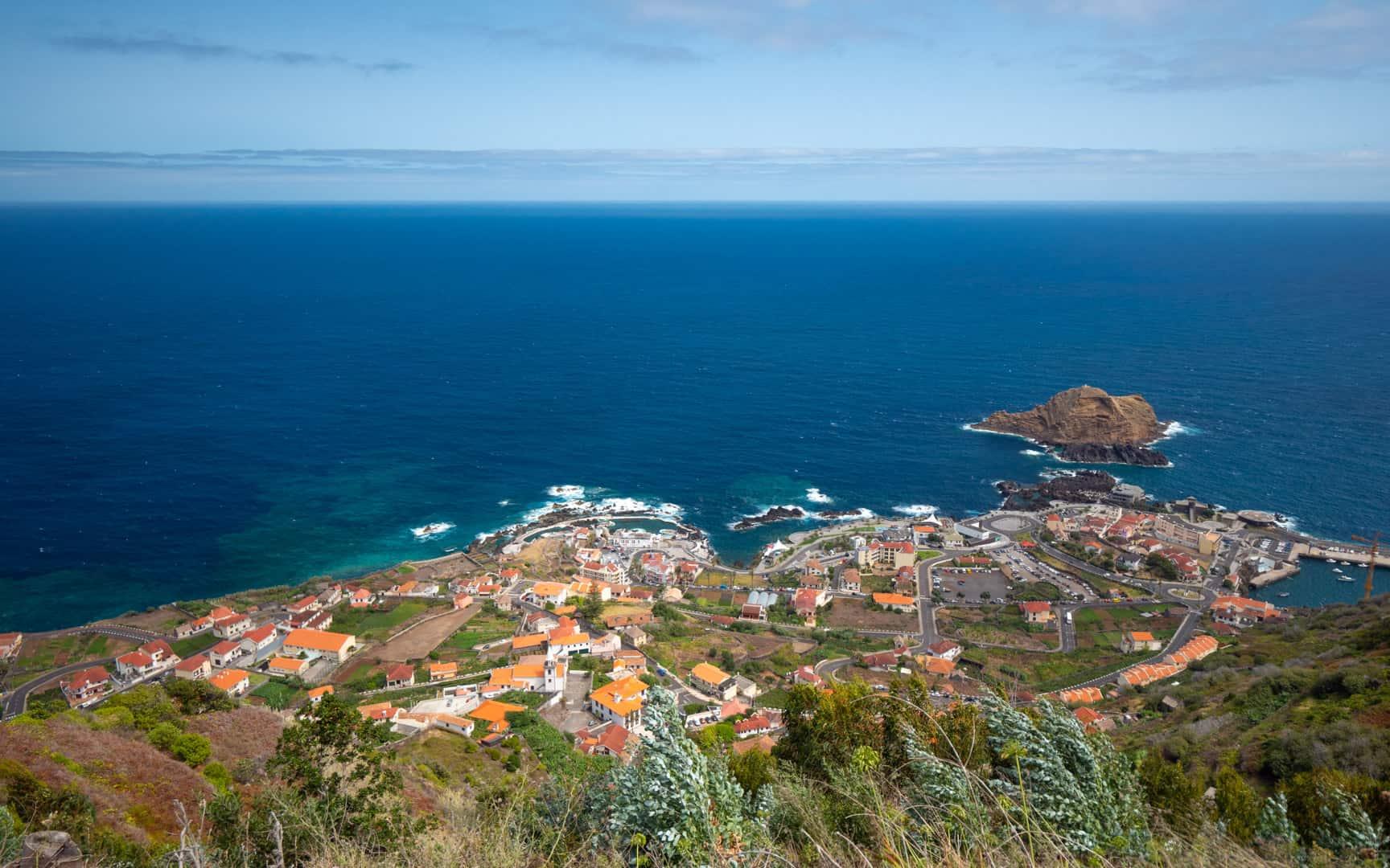 porto-moniz-city