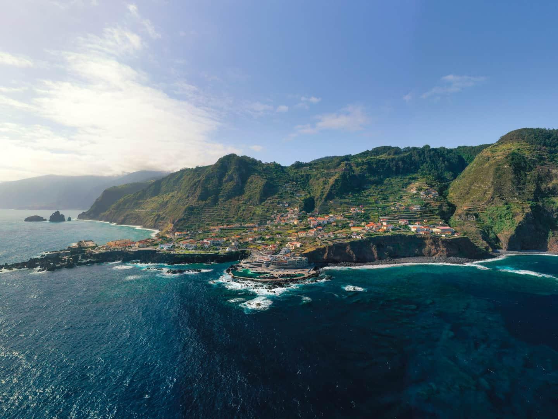porto-moniz-natural-swimming-pools