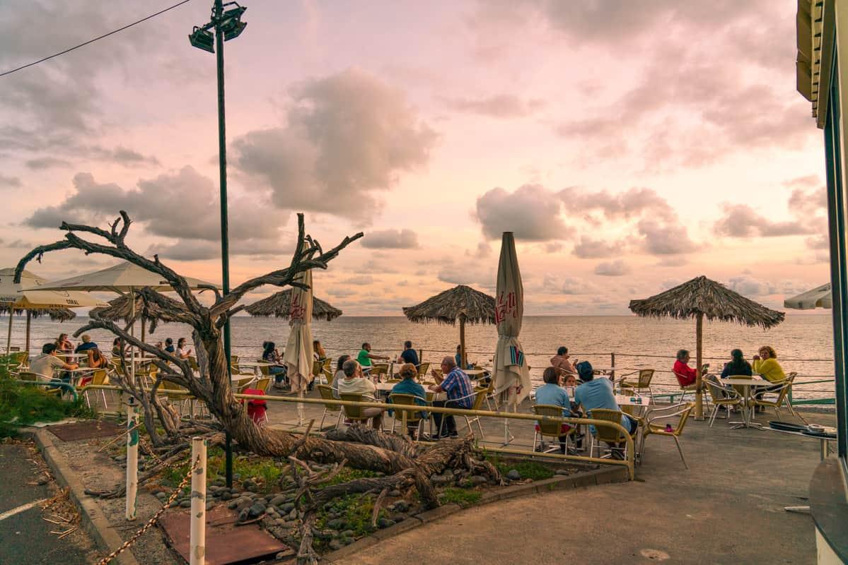 funchal-beaches-restaurant-praia-formosa