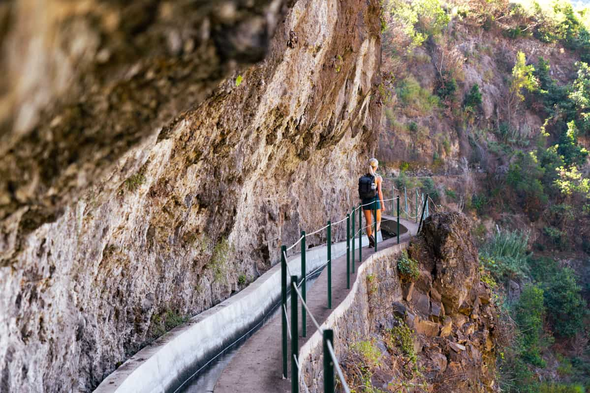levada-do-moinho-rockwall-path