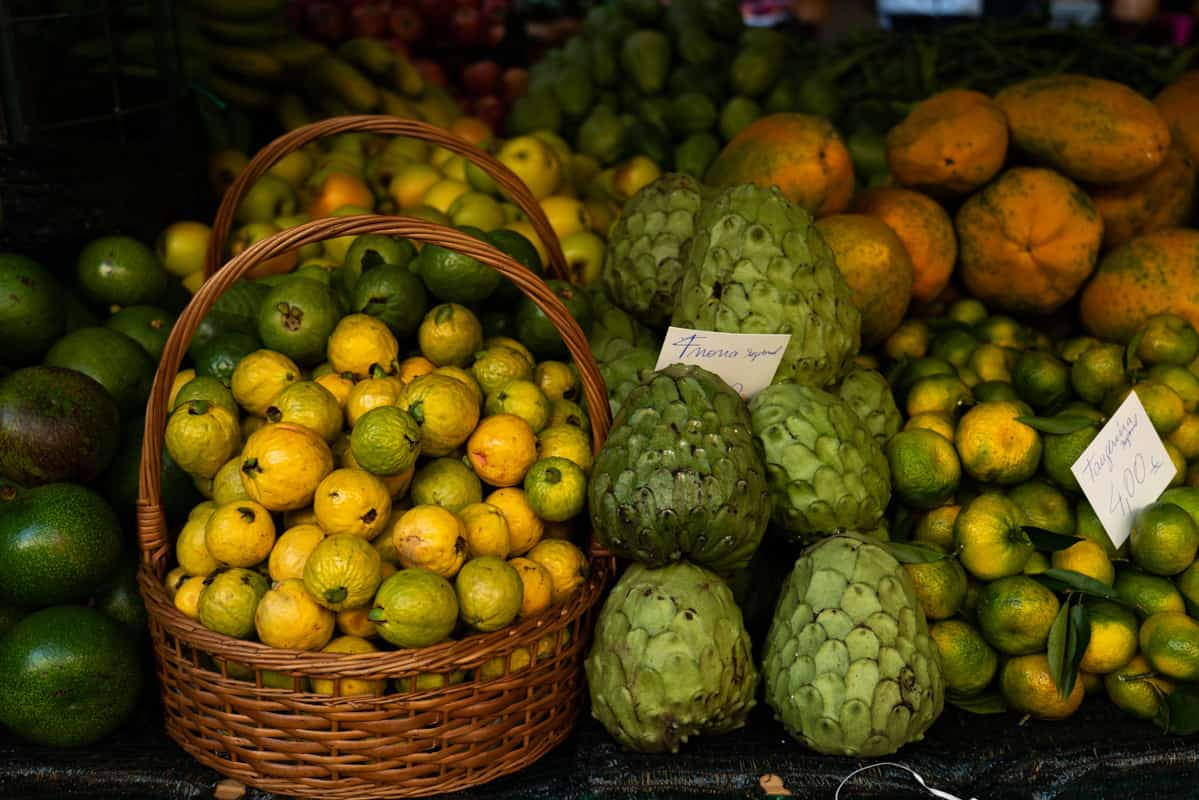 market-funchal-fruits