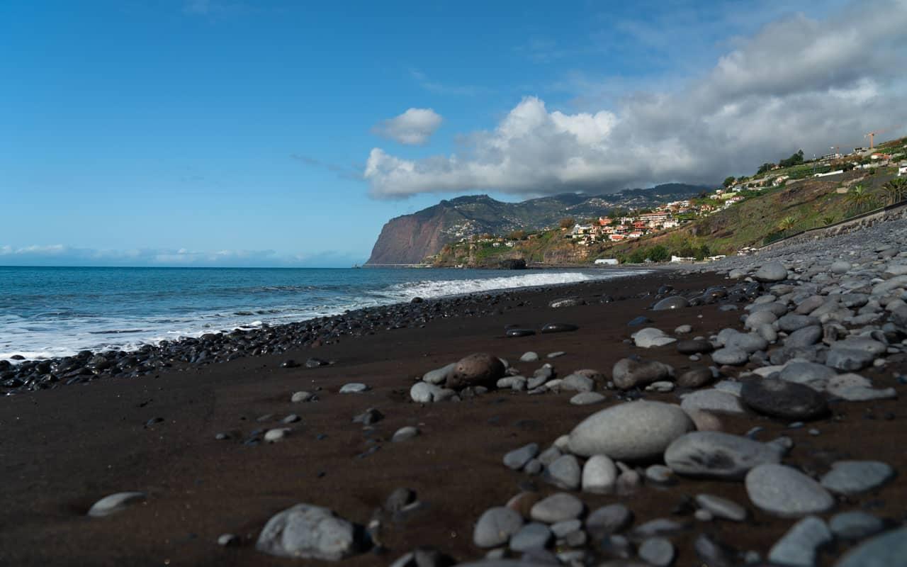 pebble-sand-beach