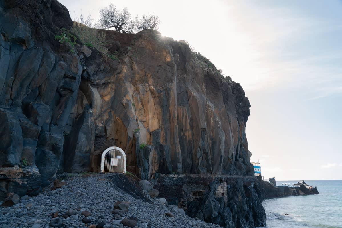 tunnel-entrance