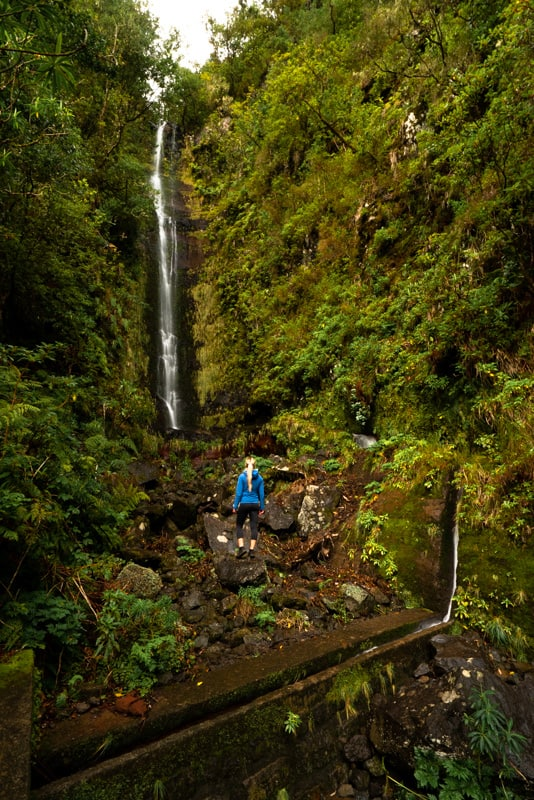 waterfalls-in-madeira-folhadel2
