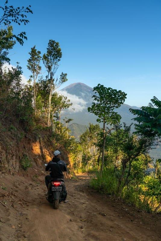 lahangan-sweet-viewpoint-road