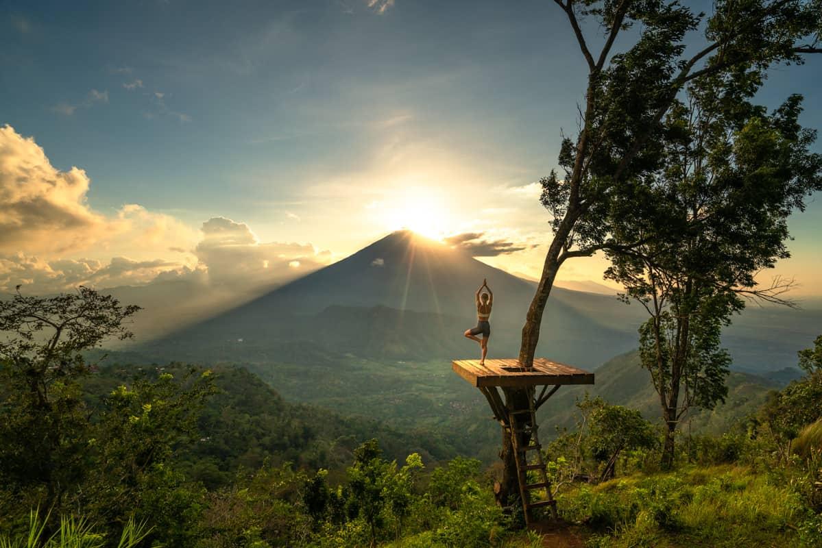 lahangan-sweet-viewpoint-sunset-yoga