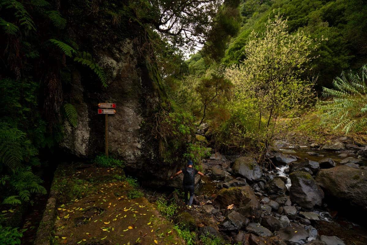 levada-do-castelejo-river-crossing