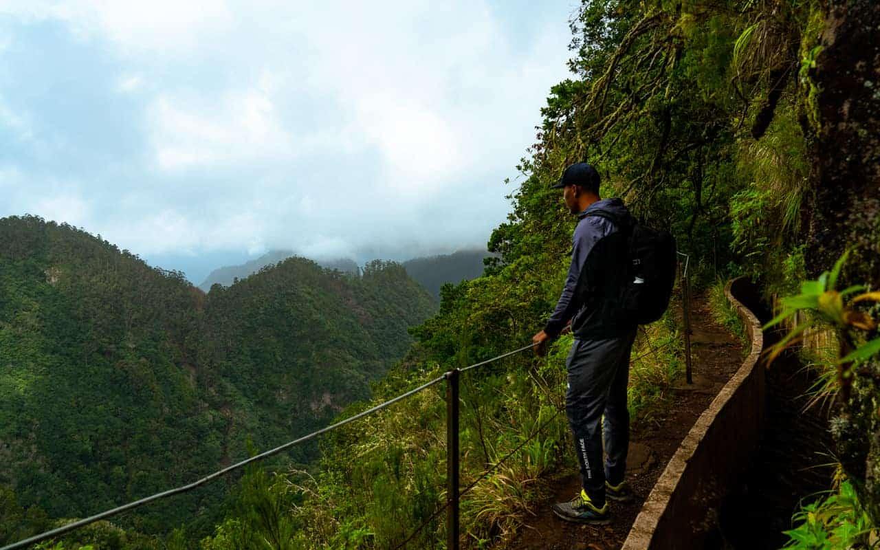 levada-do-furado-valley-view