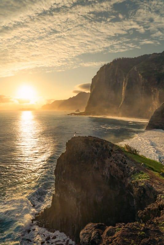 miradouro-do-guindaste-madeira-sunrise